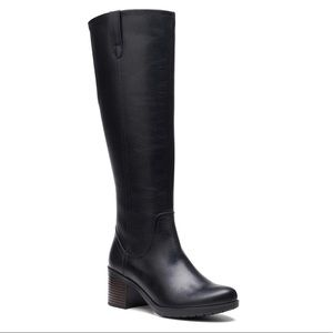 NWT Clarks Hollis Moon Leather High Boots
